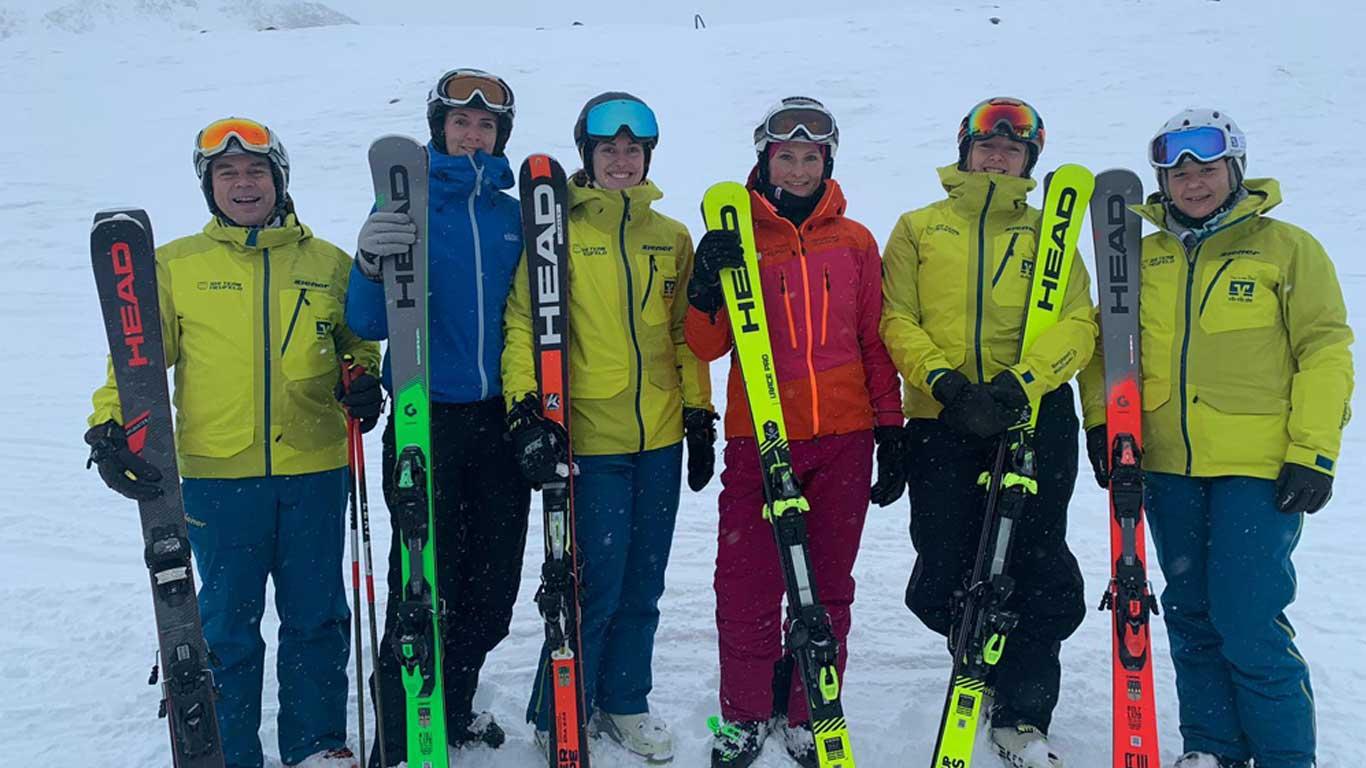 Up to date: Skilehrer auf Weiterbildung.