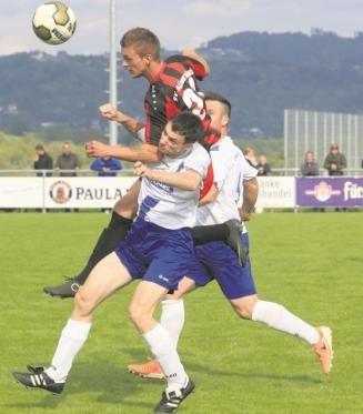 Traf einmal und scheiterte im Derby mehrfach knapp: SVA-Stürmer Eugen Ruder.Foto: B. Strohmaier