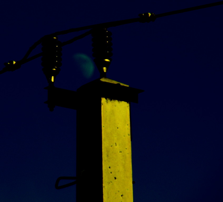 Catenary Moon