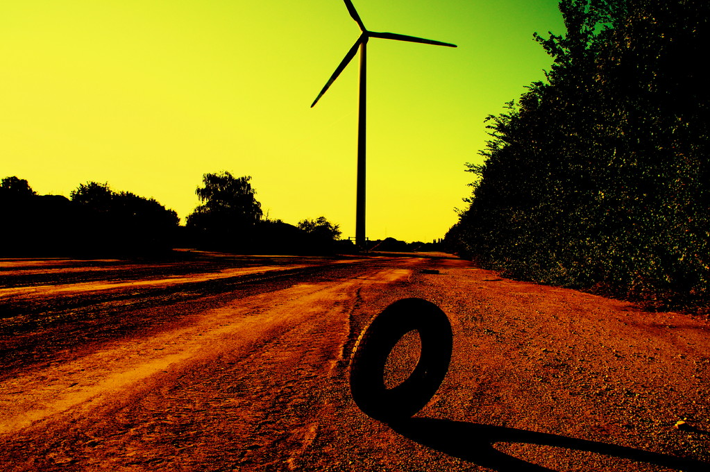 Earth, Wind & Tire