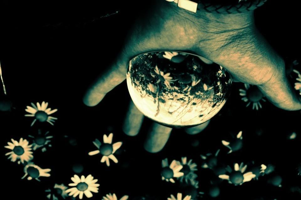 Hemisphere III/-