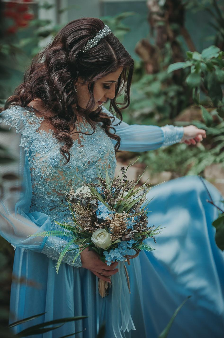 Hübsche junges türkisches Braut