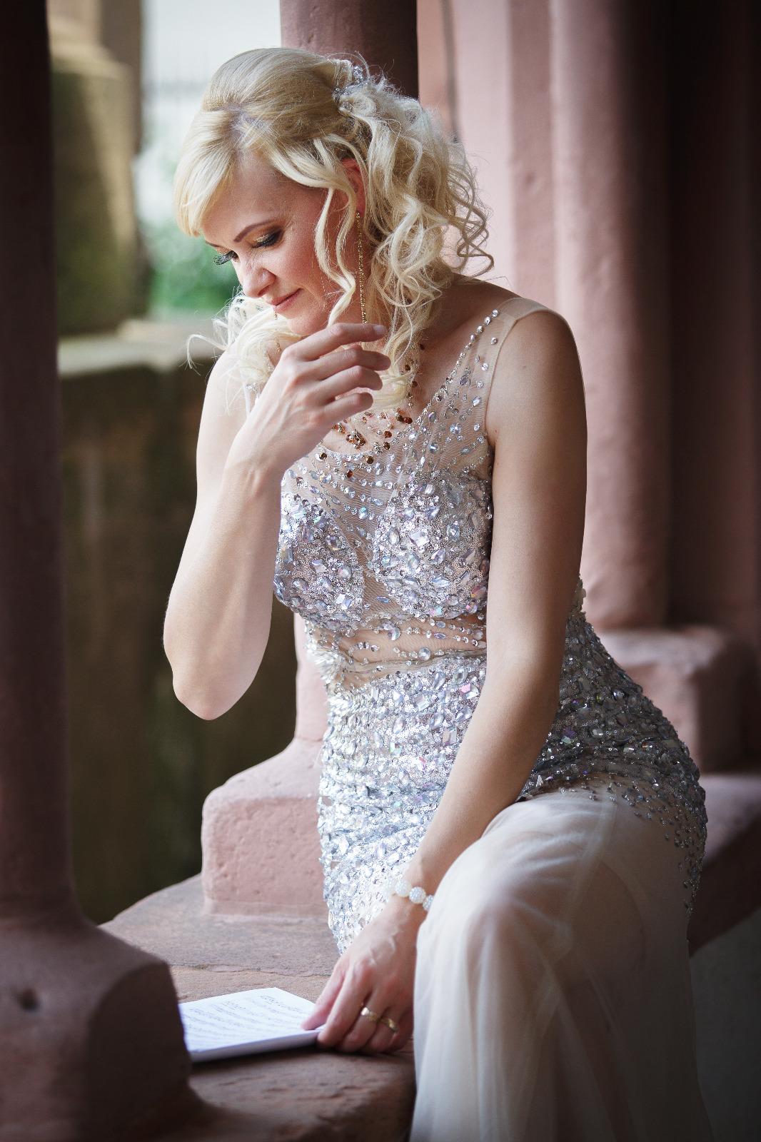 Pianistin für Hochzeiten, Jubiläen, Candle-Light – Diner und vieles mehr.