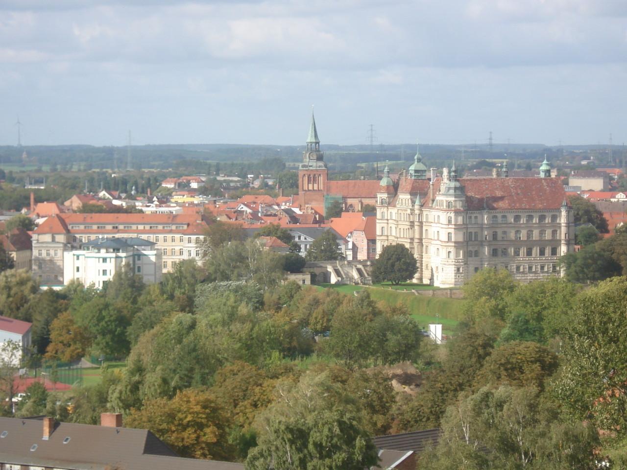 Blick nach Norden auf das Schloss