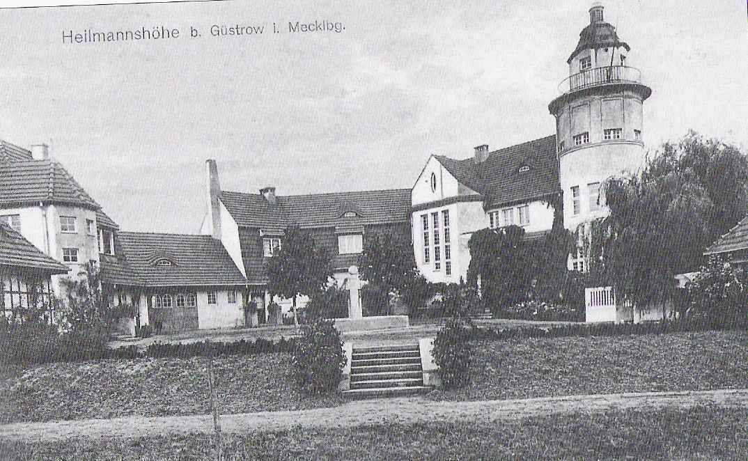 """Der Standort der """"Villa Heilmannshöhe"""" mit Brunnen (in der Mitte des Fotos)"""