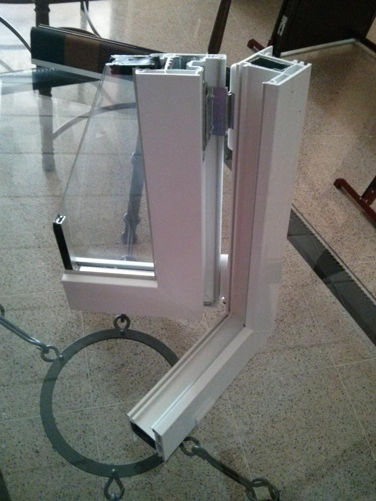 Ventanas de pvc en c rdoba carpinteria metalica y de for Ventanas de aluminio cordoba