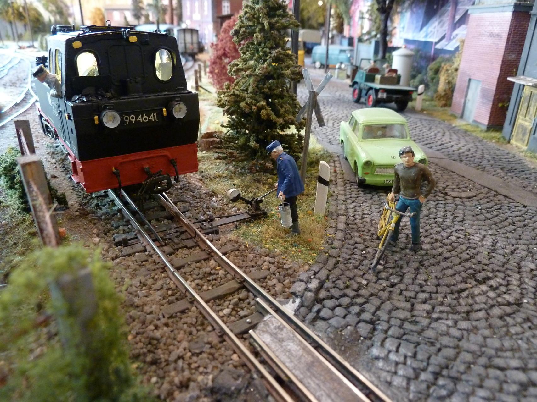 ...auf dem Weg zur Lastprobe am Bahnübergang Ettenheim