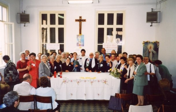 9°)   (Foto del 2003) Giornata di Effusione.