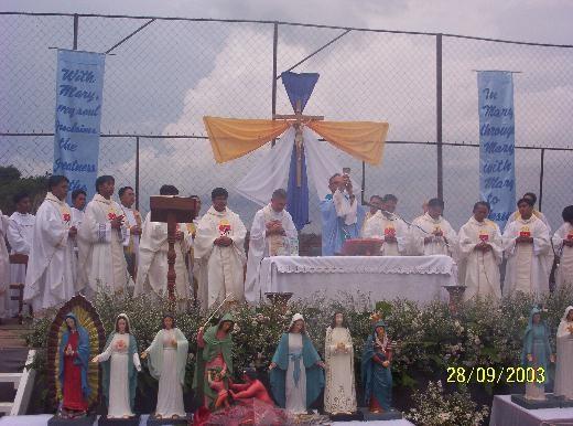 17°) Benedizione Statuine per il Giardino del S. Rosario.
