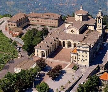 26°) Foto aerea del Santuario di Nostra Signora della Guardia.