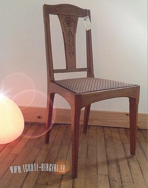 Chaise art deco tissu Lelièvre galon armuré Houlès
