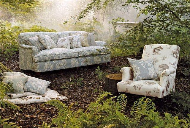 Sanderson, tissus pour canapés et fauteuils style cmapagne anglaise distribués par Ecout Bergère