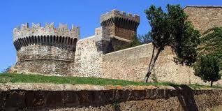 Mura e Castello di Populonia (Baratti)