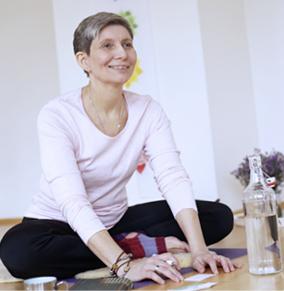 Marina Lorenzen-Schmidt, Yogalino Lehrerin, Kundalini Yoga, Hormon Yoga, Pilates, Kinderyoga