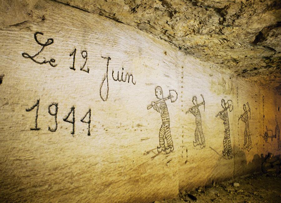 Dessin historique dans une carrière de calcaire