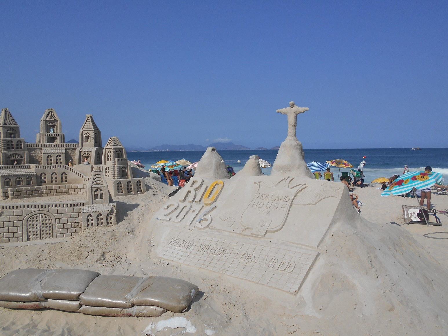 コパカバーナ海岸 砂のオブジェ