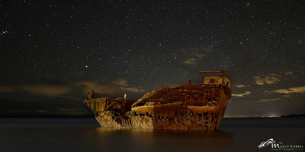 South Island: Geisterschiff bei Motueka
