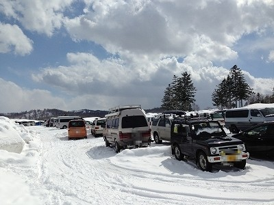 朱鞠内湖駐車場