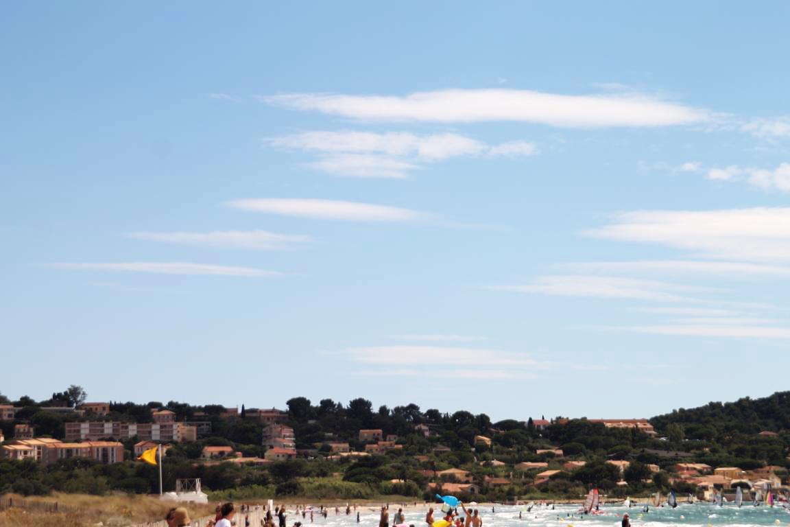 Typische Wolkenform kündigt den Mistral an