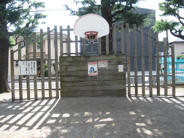 白萩公園のバスケットゴールです。