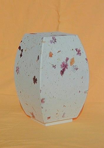 Lampe konvex mit Verbenen