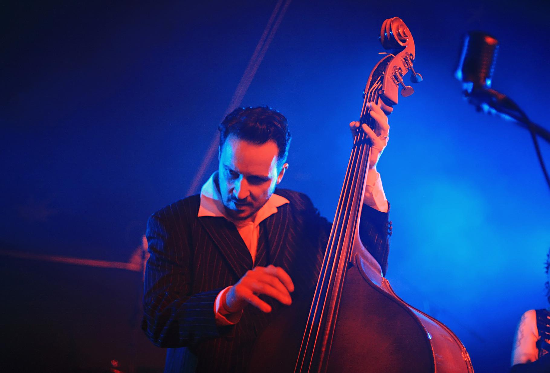 Thias Salhab - Slap Double Bass