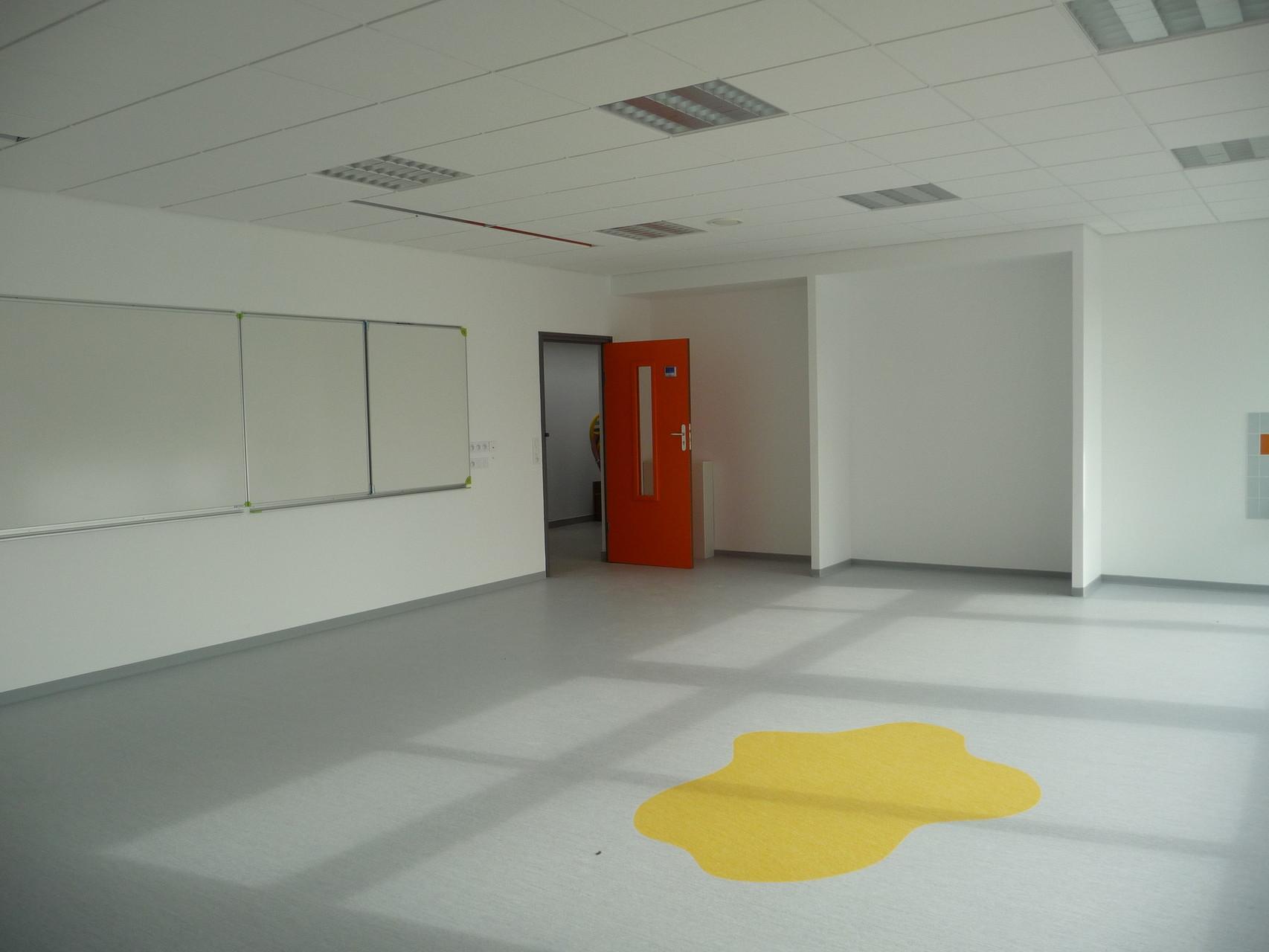 De belles salles vides