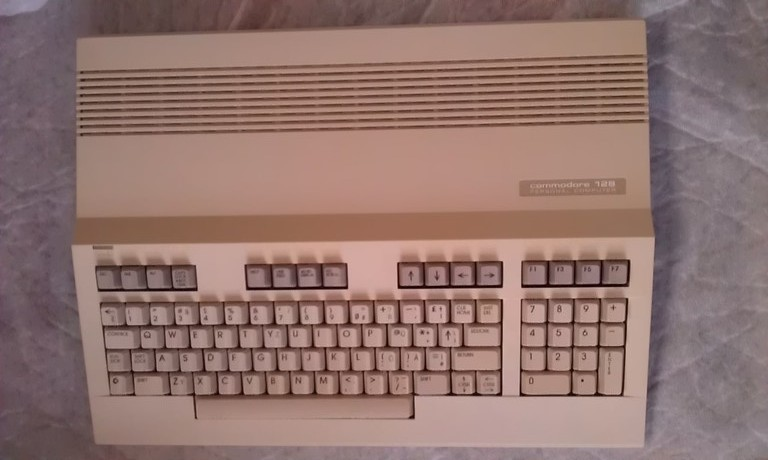Commodore128