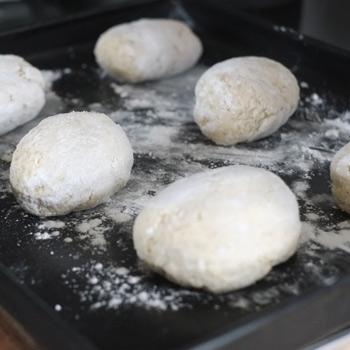 Kerstins Keto, Teiglinge für fluffige glutenfreie Brötchen ohne Nussmehle