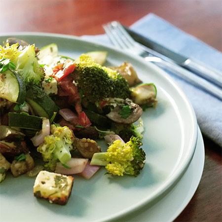 Gemüse satt mit Hirtenkäse aus dem Ofen