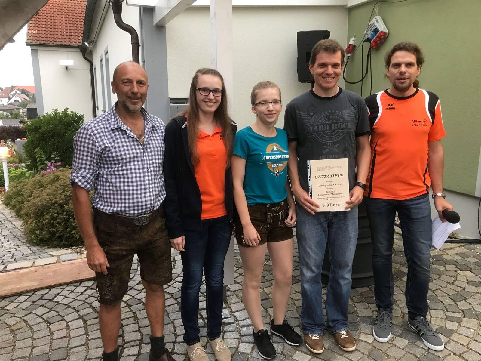 A. Wittmann, Annalena und Sandra Mosandl, R. Seyberth: 3. Mannschaft LG Aufstieg Saison 2017/18