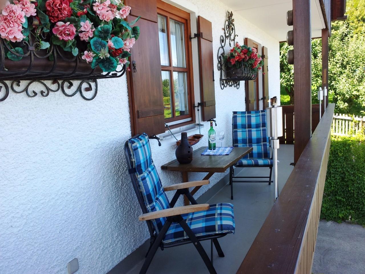 Ferienwohnung Panoramablick in Gstadt am Chiemsee - www.fewo-chiemseeblick.de