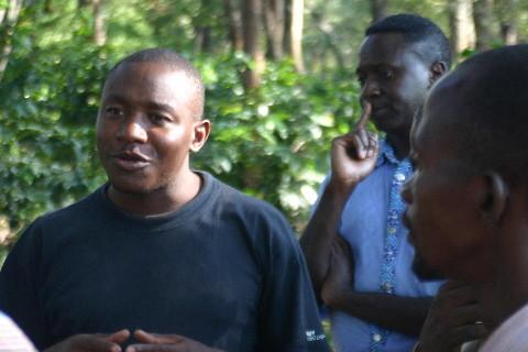 Monastaire Kiswishi: Frère Jean de la croix explique sa pépinière