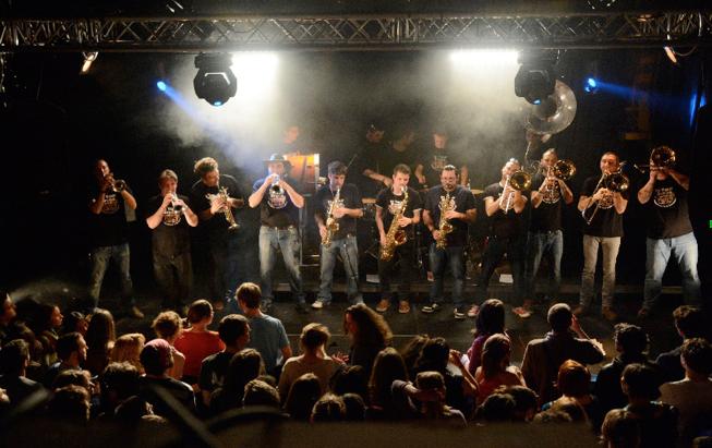 """Le Brass Band """"In Your Brass"""" jouera à la Gélinotte pour la fête de la musique dimanche à 17h. Merci à eux !"""