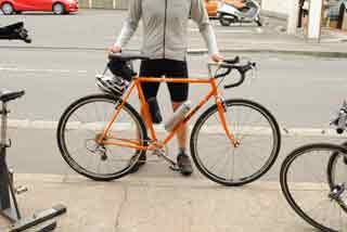 納品後日、完成した自転車を披露していただきました