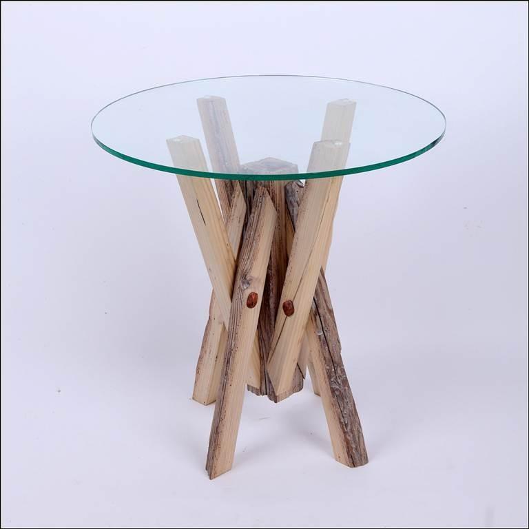 Tavolino Rustico di Alessandro Pellegrini. SELEZIONATO A MATERIE 2012