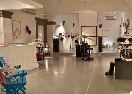 Il laboratorio di recupero artistico a Capannori. La Minonna