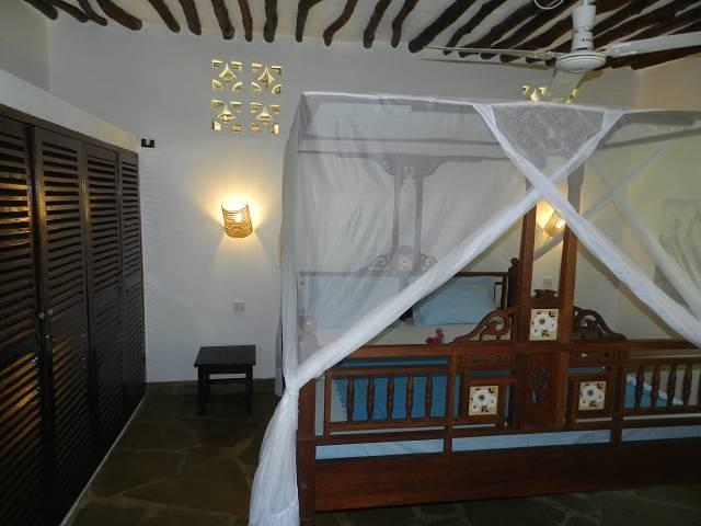 eines der Schlafzimmer für den Urlaub Kenia