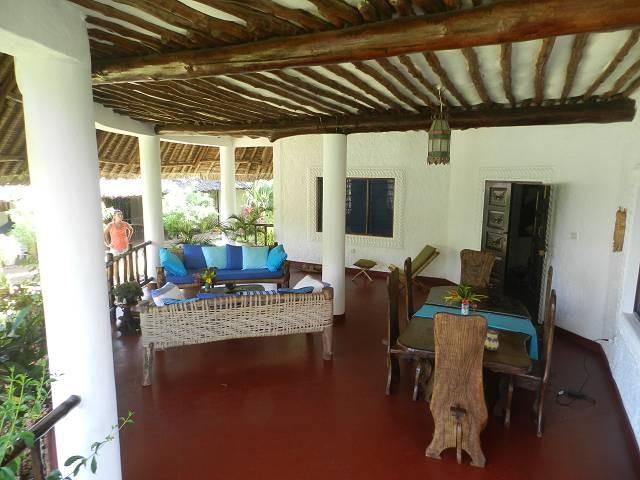 einer der Terrassen der Villa Paradies