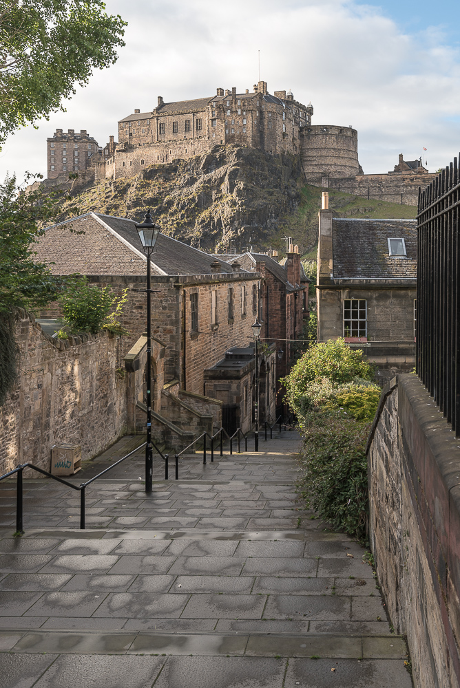 Edinburgh Castle, Vennel