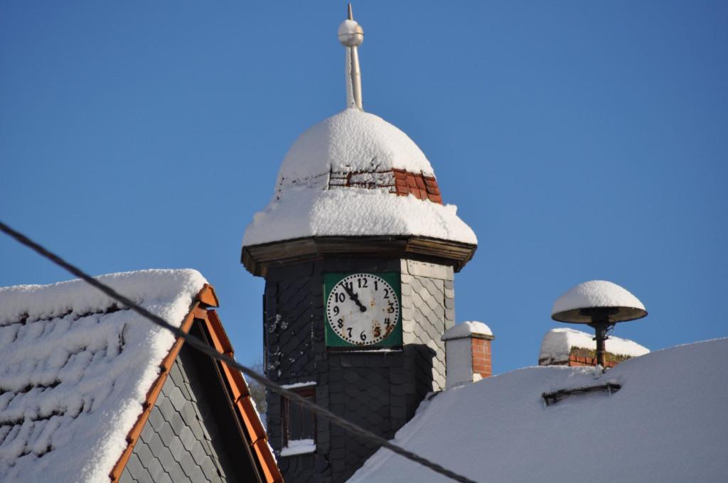 Turmuhr der alten Schule