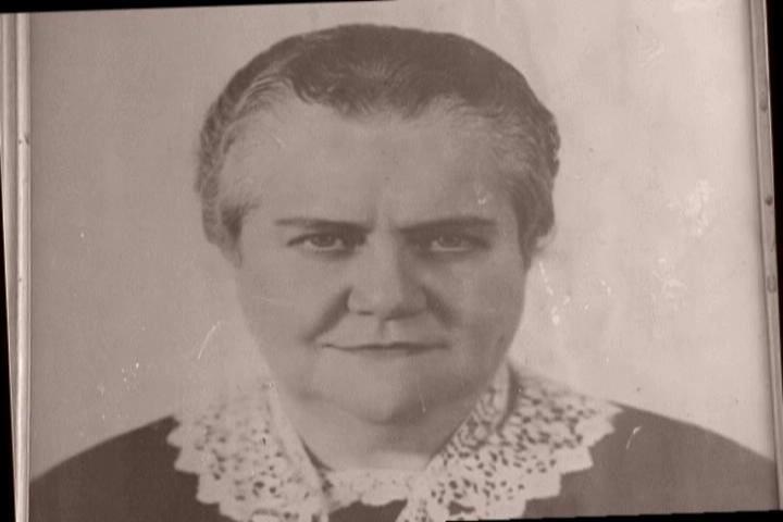 Madre Almita quien convivió con el padre Vicente Echarri y le infundió el amor por María Niña