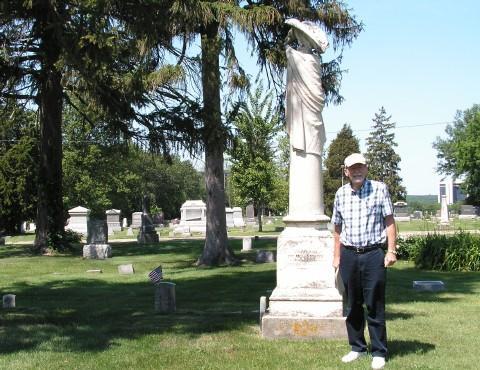 John Hallwas at Oakwood Cemetery, Macomb, IL