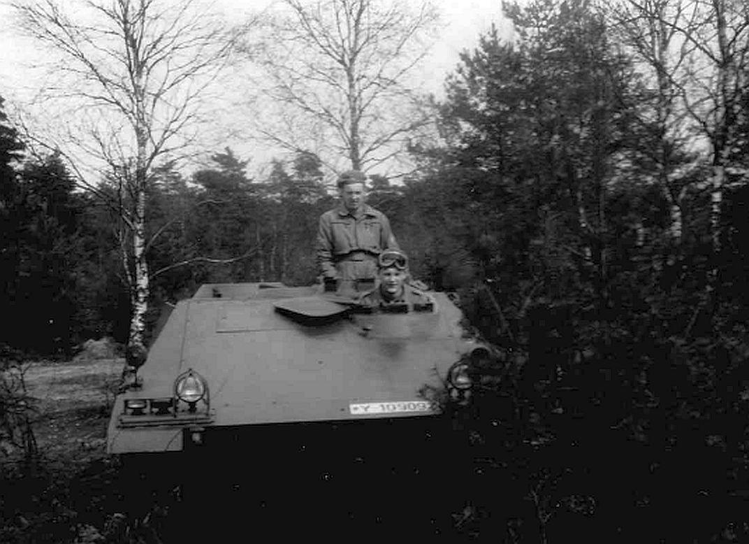 1961_StUffz Moltmann im Einsatz mit der gep. NschGrp_SPz 8 Cargo