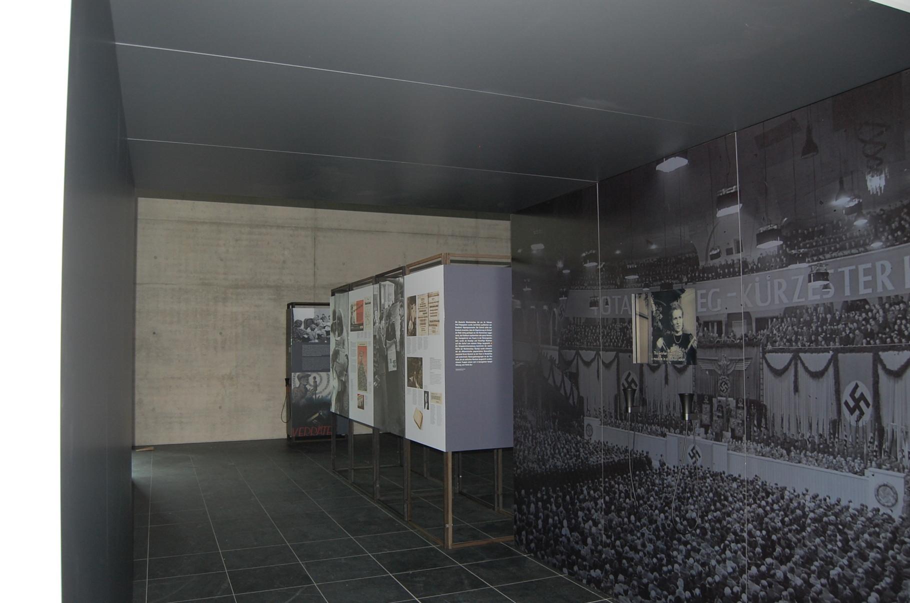Ausstellungswände