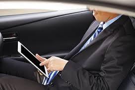 voyage d'affaires, tourisme d'affaire, taxi, vtc, trajets professionnels, transport de personnes, séminaires, congrès, transport commité d'entreprise,homme d'affaire