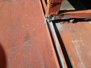 トタン屋根の雨漏り修理 尼崎市