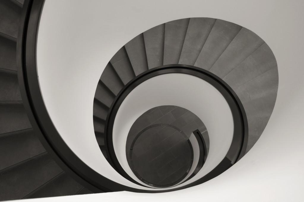 Treppenspirale im Neuen Museum Nürnberg