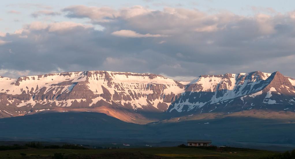 Blick aus unserer Hütte im Abendlicht