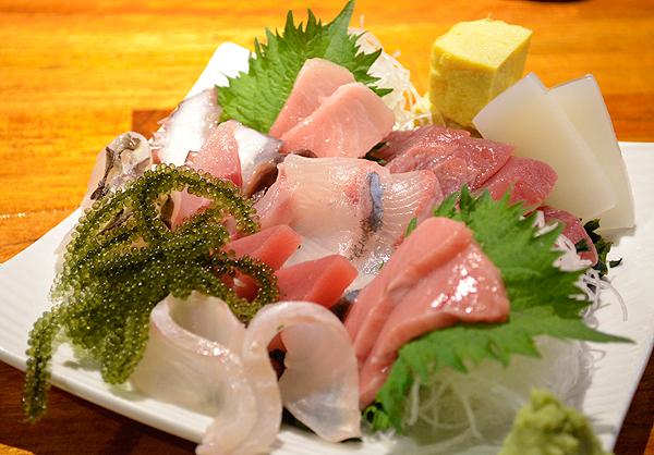 石垣島近海魚を中心としたおさしみは、まぐろに限らずどれもフレッシュでおいしいです♡